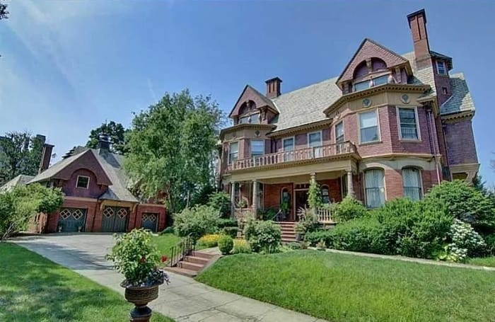 Luxury Homes for Sale in Providence, Rhode Island