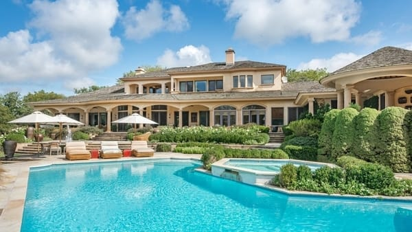 Luxury Homes for Sale in the Hamptons, New York
