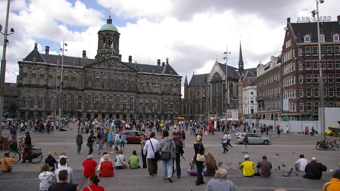 Best Places to Visit in Amsterdam - Dam Square