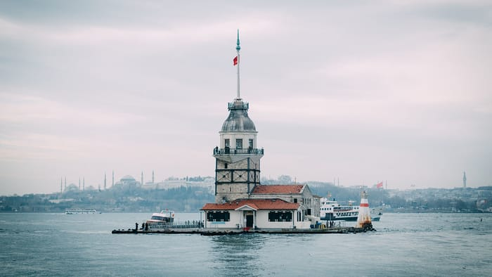 Best Places to Visit in Istanbul - Maiden's Tower