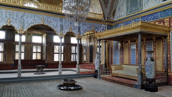 Best Places to Visit in Istanbul - Topkapi Palace Museum