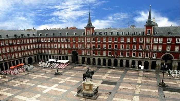Best Places to Visit in Madrid - Plaza Mayor