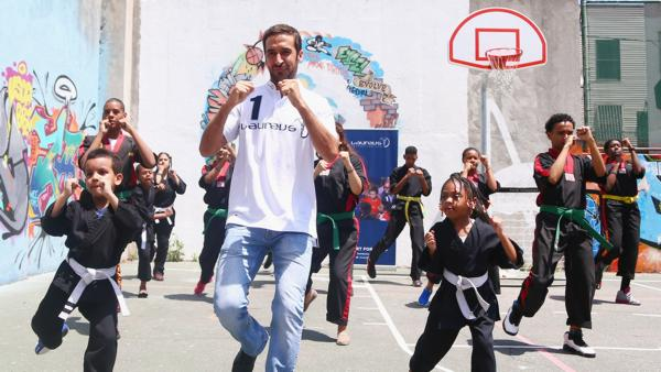Laureus Ambassador Raúl González Blanco& spends time with& youth from the Mary Mitchell Family and Youth Center in the Bronx, New York City.