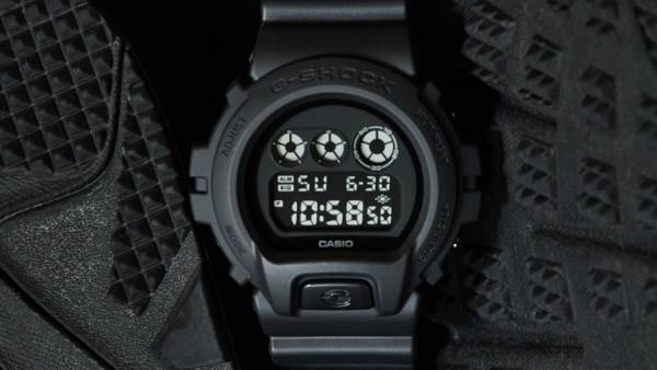 The New DW6900BB-1, Part of the G-SHOCK Black Out Series Expansion