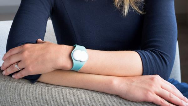 The Ava bracelet detects a woman's 5-day fertile window in real time
