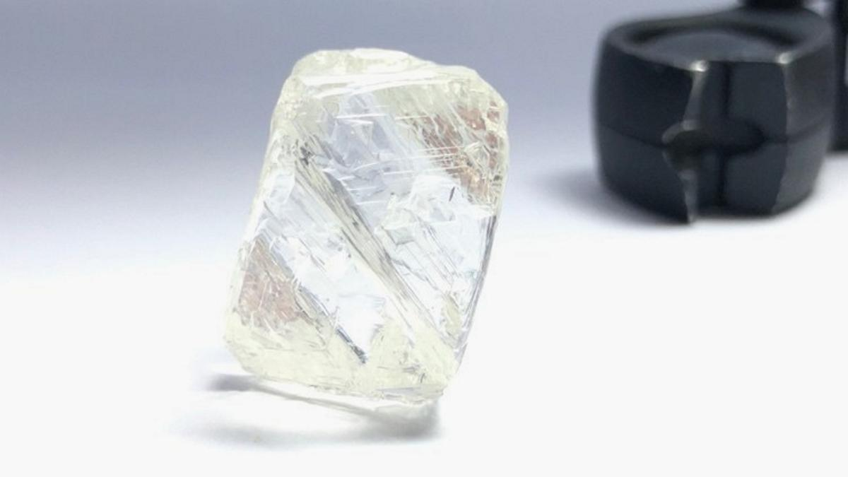 95.21 carat gem quality diamond (CNW Group/Mountain Province Diamonds Inc.)