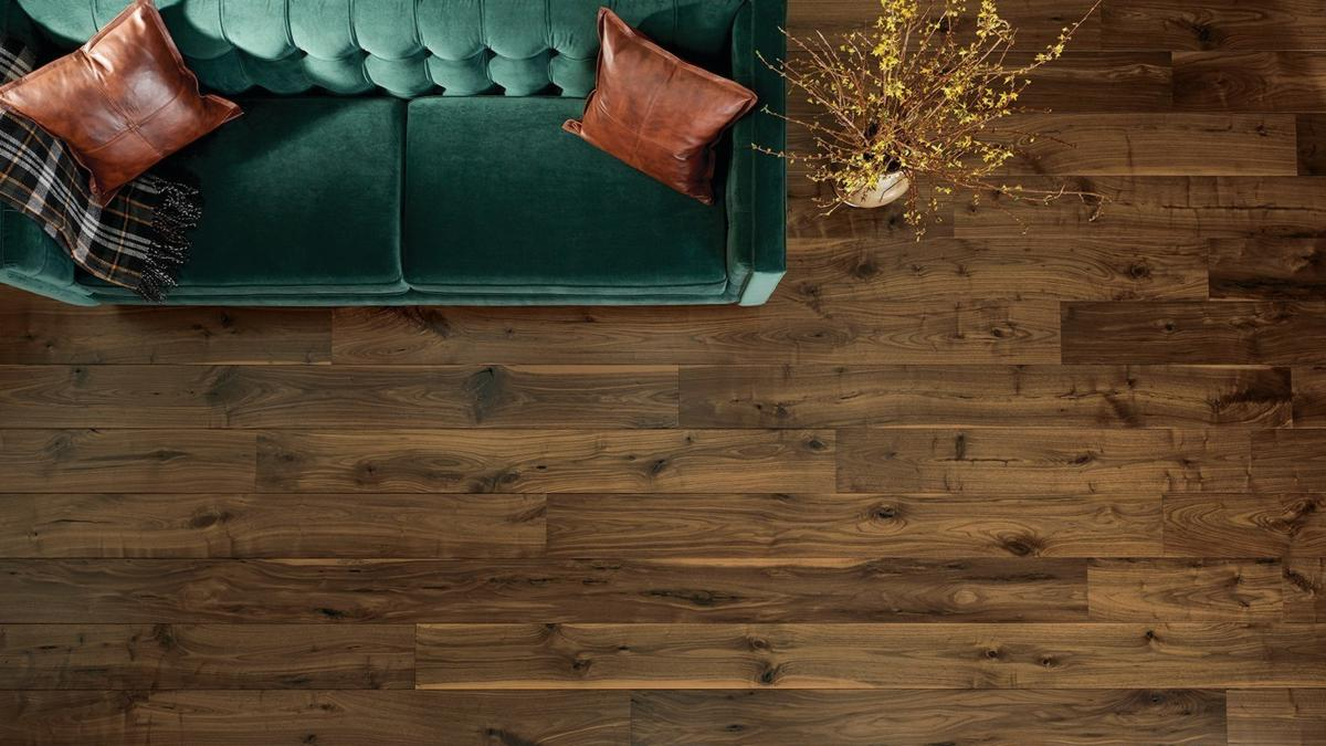 Featured Floor: Remington, Carriage House Collection