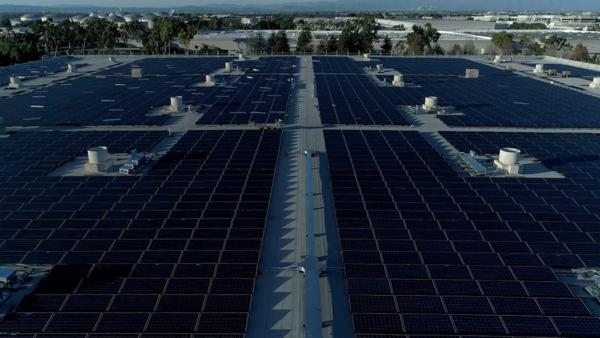 Honda's new solar array features more than 6,000 solar panels and is expected to generate approximately 3,000 MWh annually. It will offset 30 percent of purchased electricity for the entire American Honda Torrance, Calif. campus.