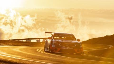 Acura TLX GT First in Open Class, Third Overall as Acura Sets Multiple Records at 2018 Pikes Peak International Hill Climb