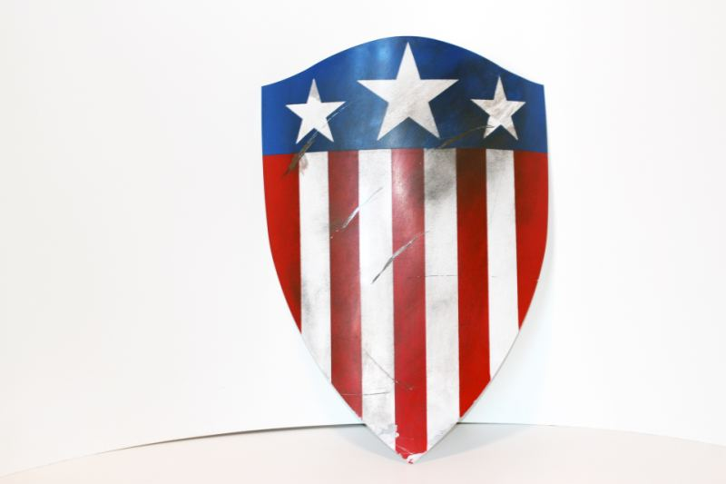 WWII CAPTAIN AMERICA SHIELD - HEATER SHIELD