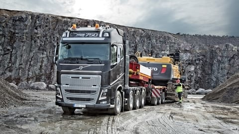 Straight torqueing. Featuring Volvo's legendary in-line six cylinder D16K engine, there's no shortage of power with the FH16 heavy truck range.