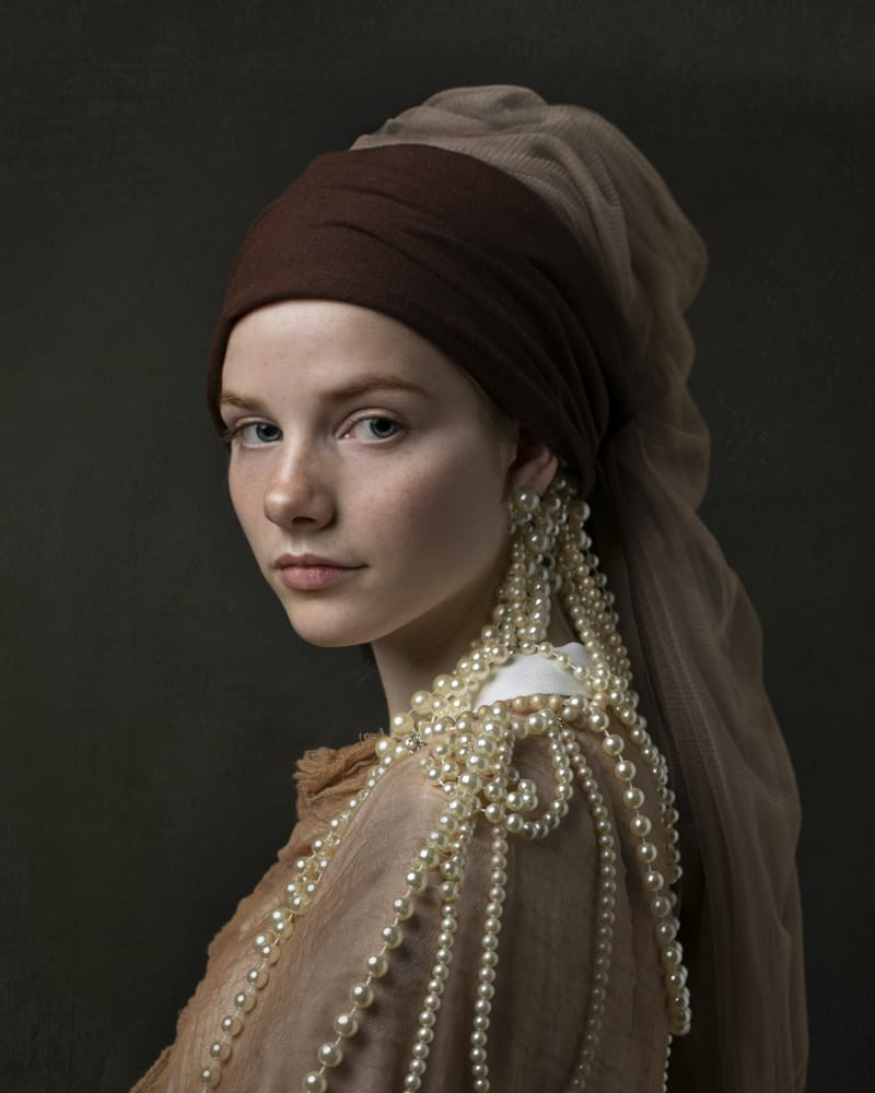 The girl with the pearls - Photo by Kaat Stieber