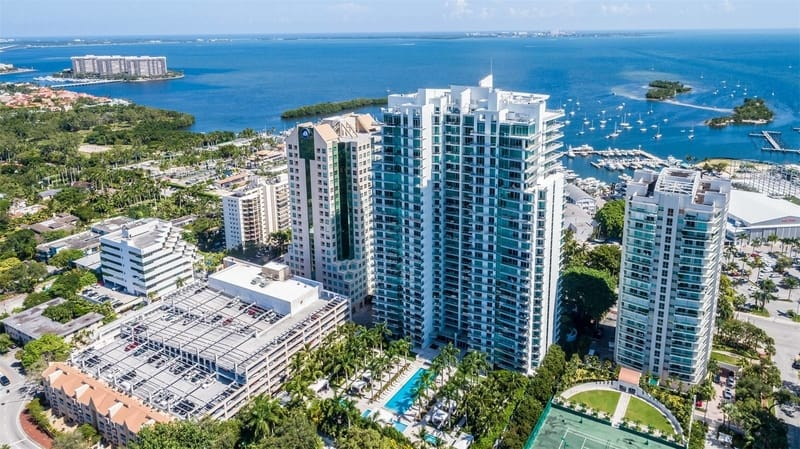 Luxury Ocean View Condos for Sale in Miami