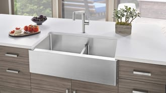BLANCO QUATRUS® Apron 1-3/4 Bowl with Low Divide sink