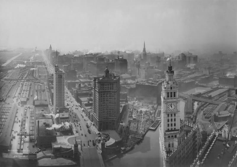 The Building of LondonHouse Chicago - 1920s