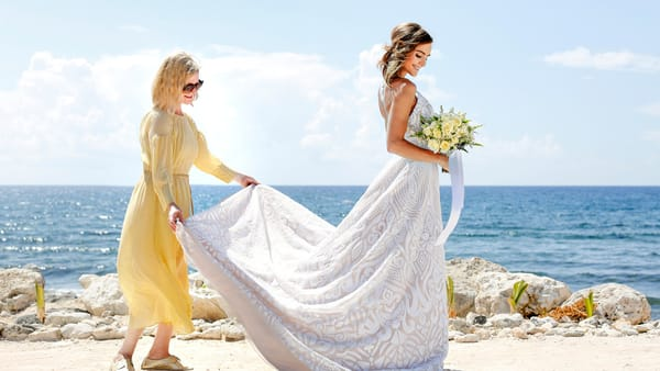 acf79ba6174 Palladium Hotel Group Collaborates with Karen Bussen for its New Wedding  Collection