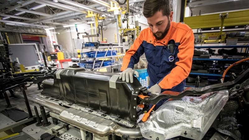 Manufacturing of XC40 at Volvo Cars Ghent plant