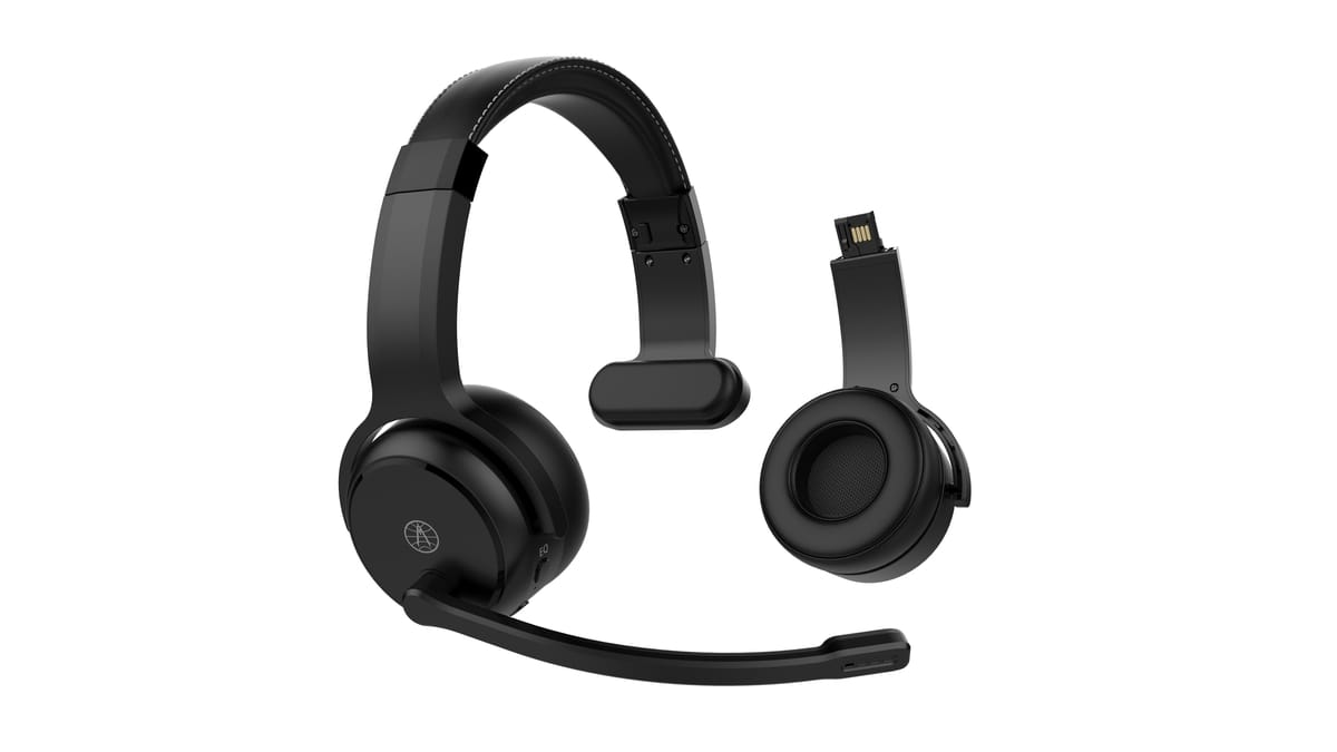 Rand McNally Unveils Innovative Headset ClearDryve® 50