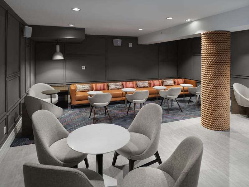 The Axiom Hotel - Cloud Lounge