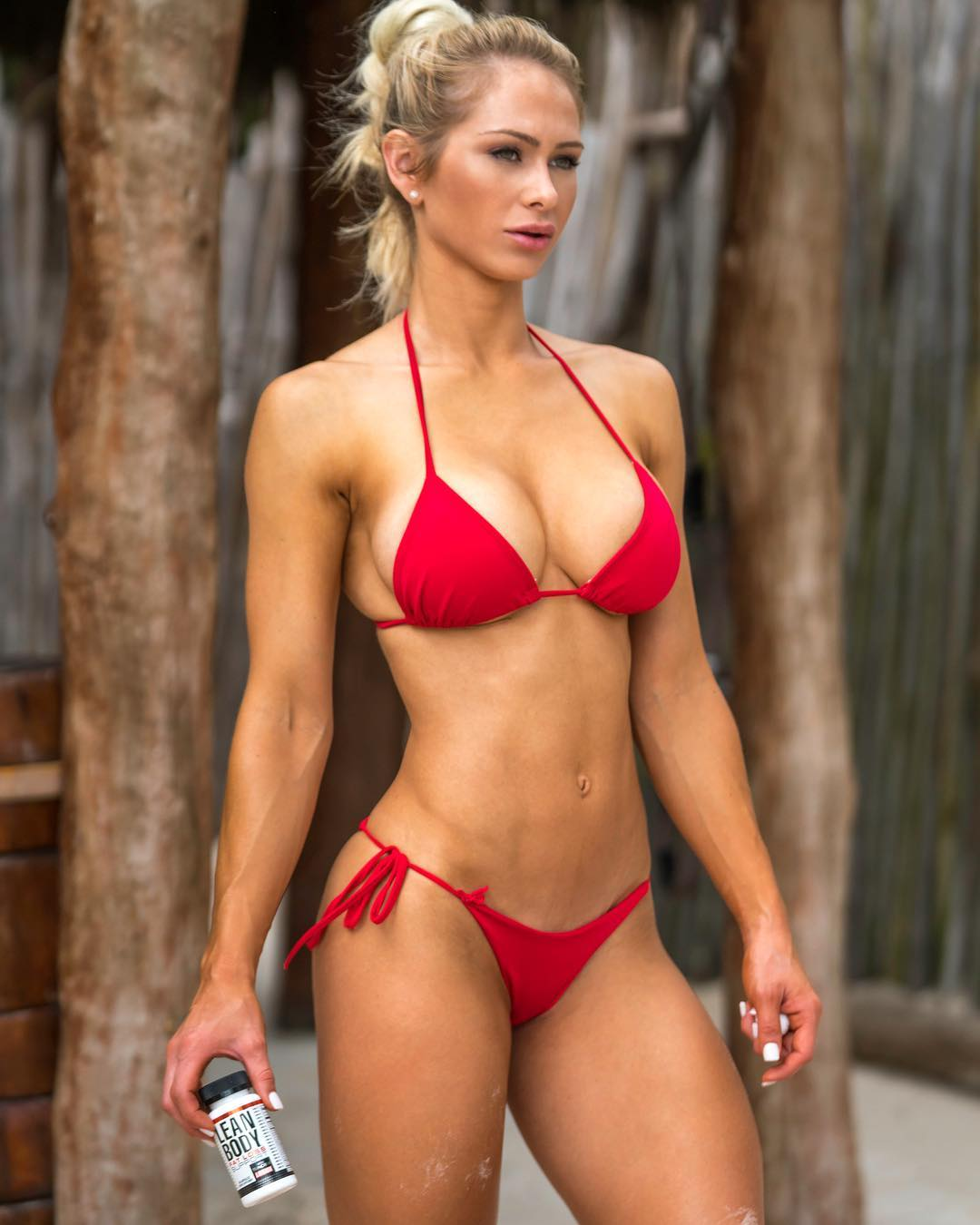 5b6afc2453acd Most beautiful female fitness athletes of social media